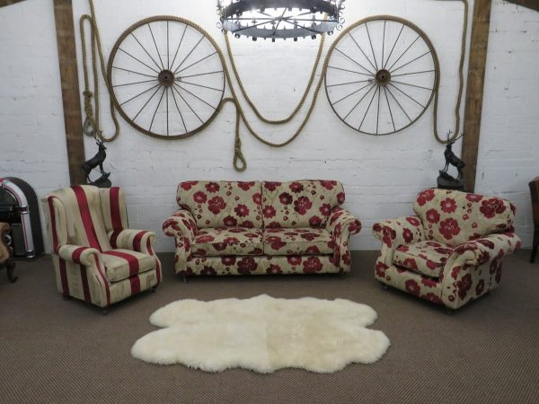 Oatmeal fabric 3-1-1 suite